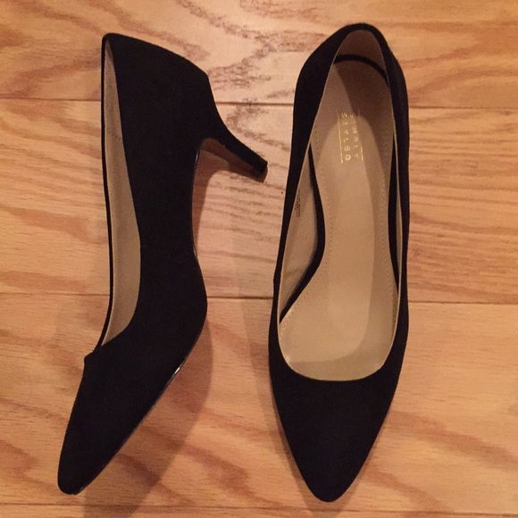 Simply Styled Shoes - Black heels